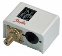 Регуляторы температуры (термостаты) типа КР и UT